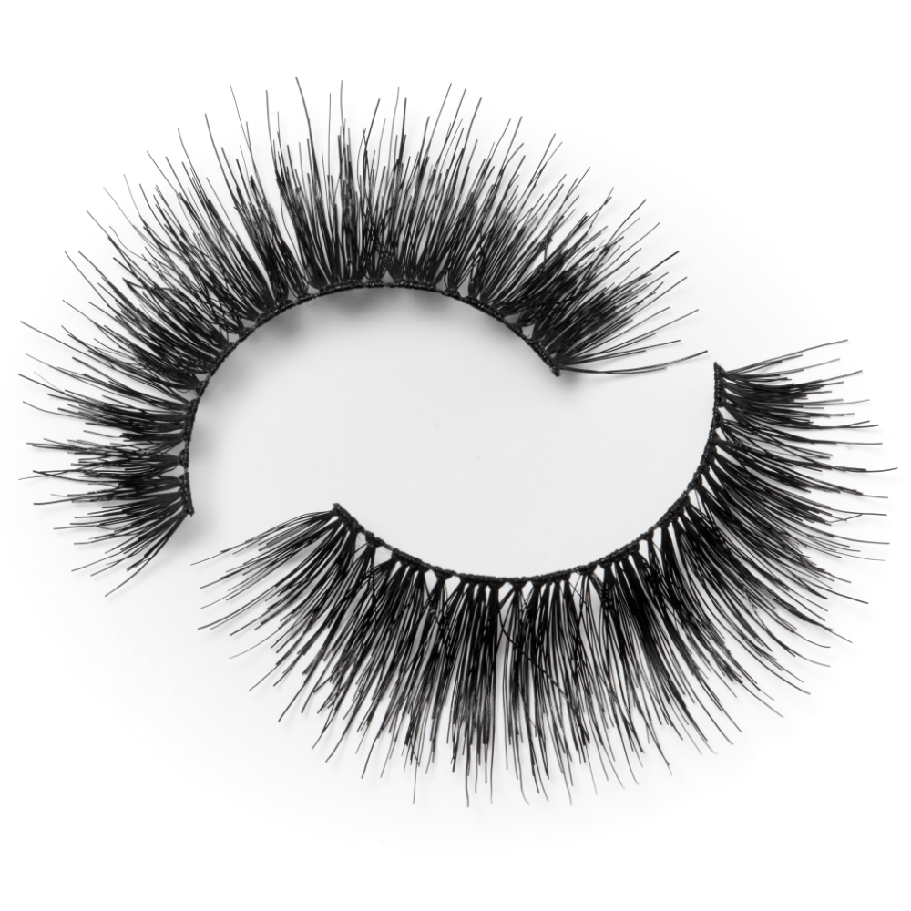 ENCHANTED FALSE LASHES LOOKBOOK: https://cpm-api.iamdev.co.uk/storage/products/370/m1 image.jpeg